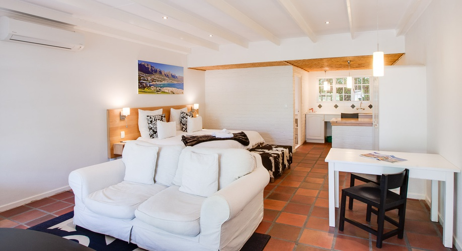 en-suite, well appointed, somerset west, albourne guest house